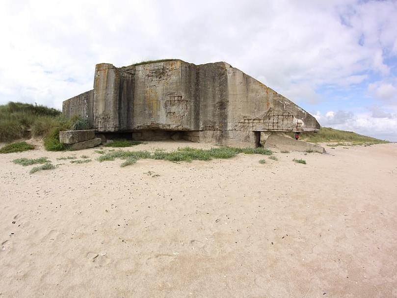 Bunker et vestiges de la 2nd guerre mondiale sur la plage de sword beach