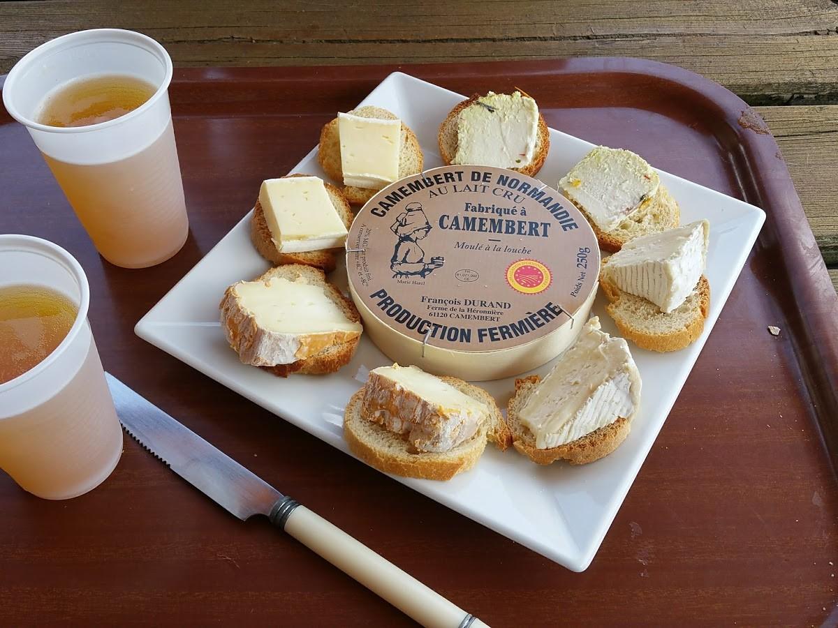 Dégustation de fromage à la fromagerie Durand