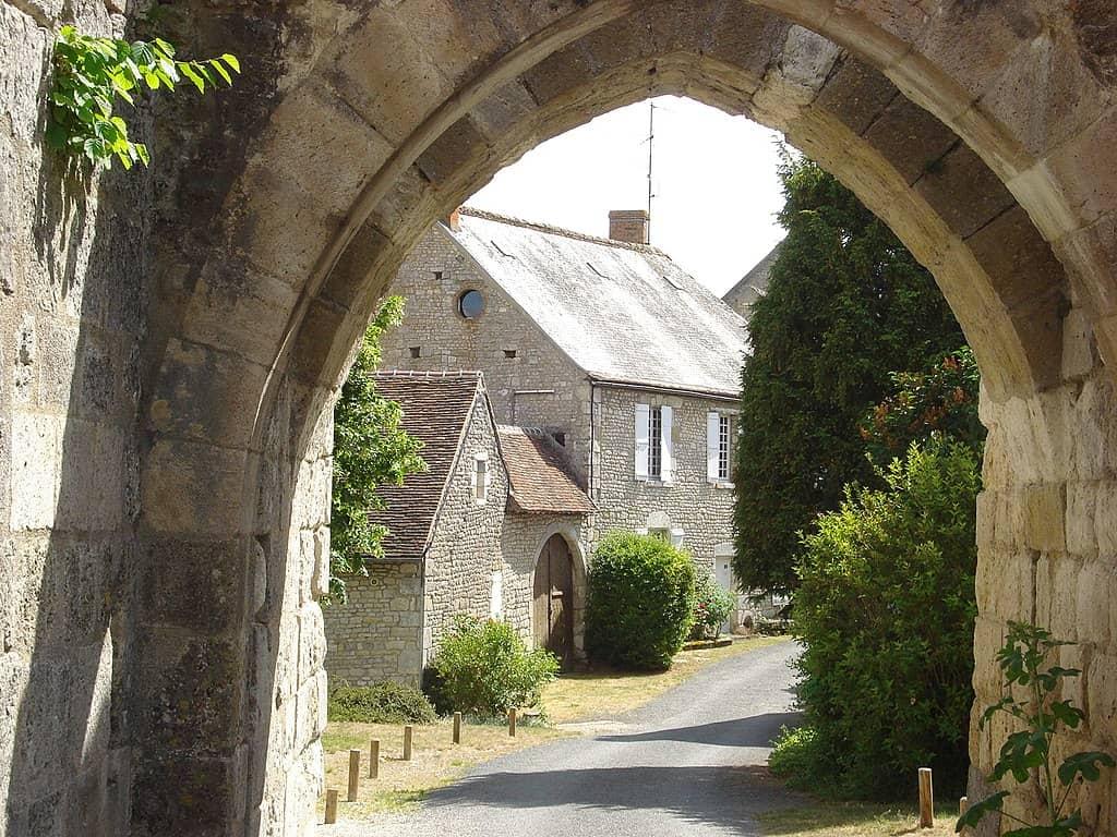 Village de Yèvre-le-Chatel
