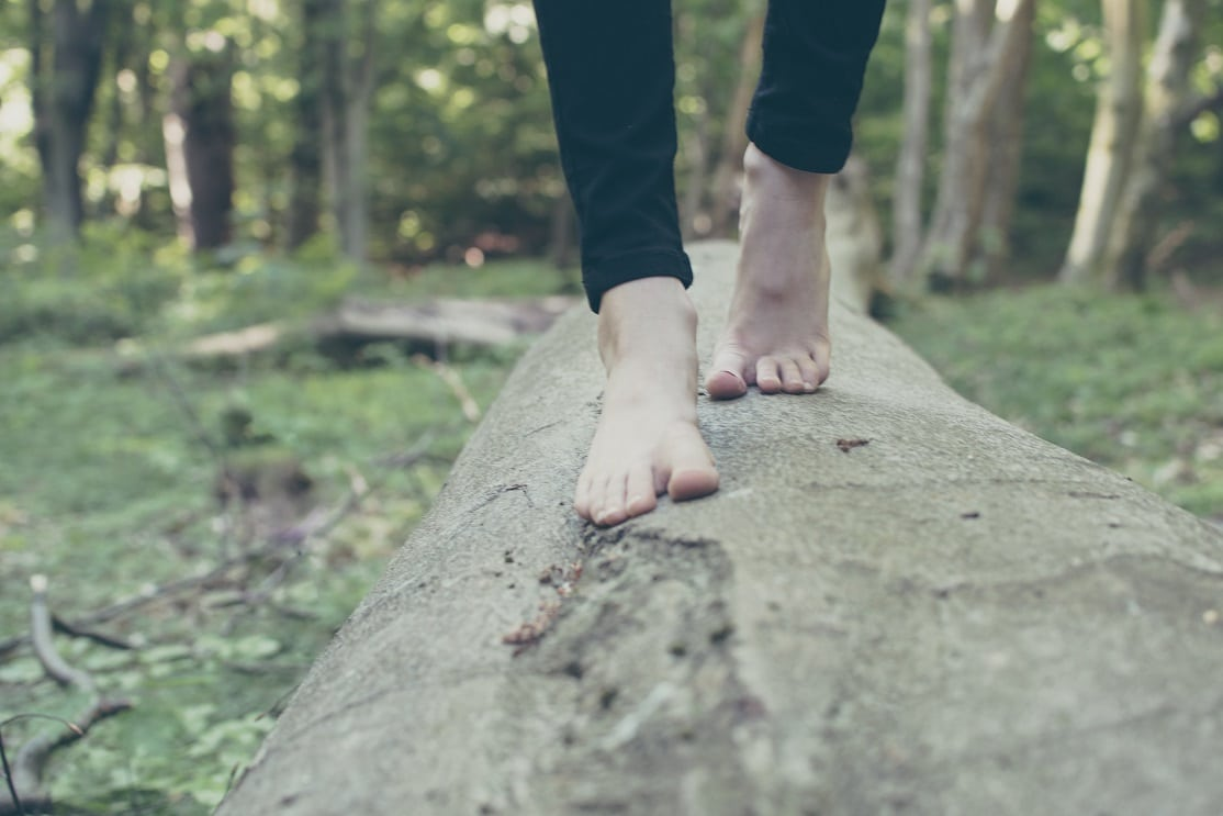 pieds-nus à la Ferme Aventure