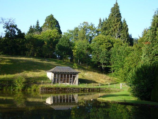 Arboretum Château de Neuvic d'Ussel Etang