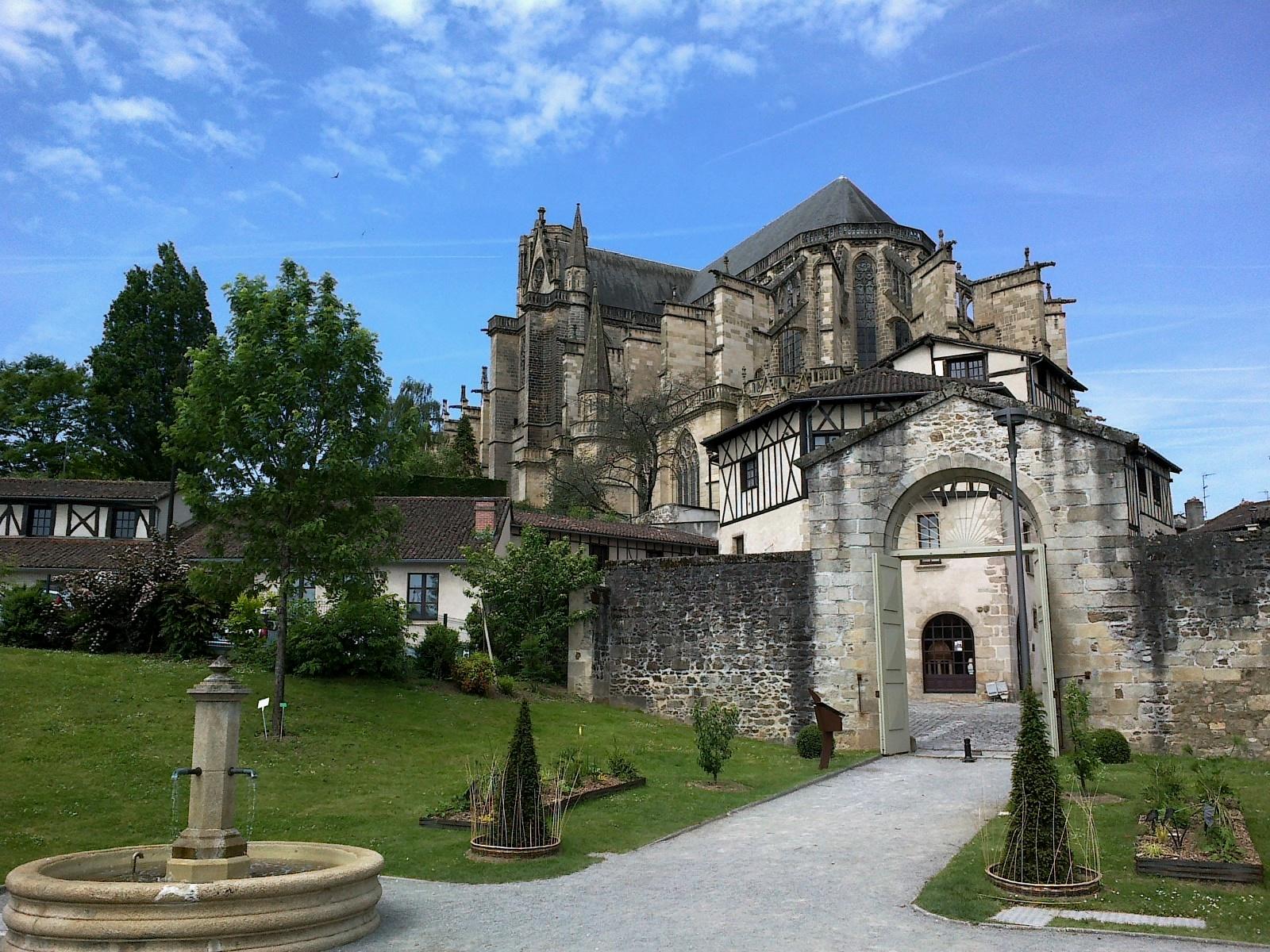 Jardins de l'Evêché cathédrale