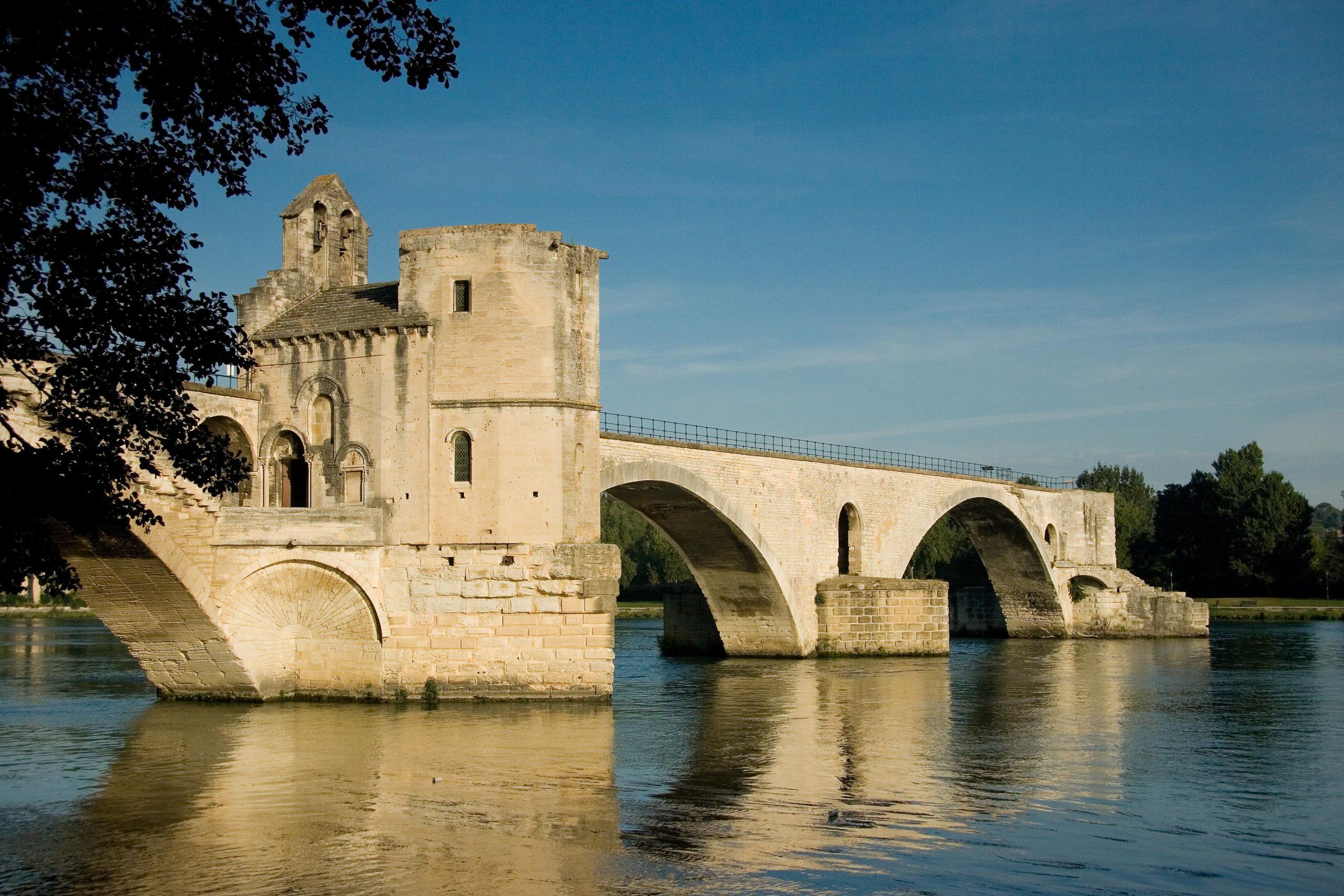 Le pont Saint-Bénezet (ou pont d'Avignon)